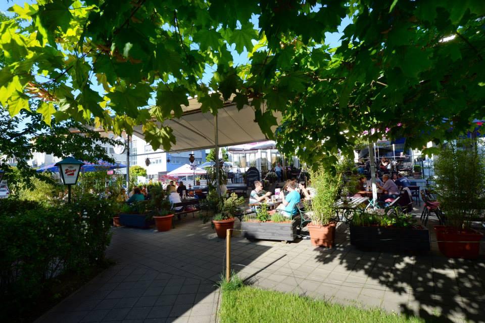 Der Gastgarten. Quelle: fb.com/uniwirt