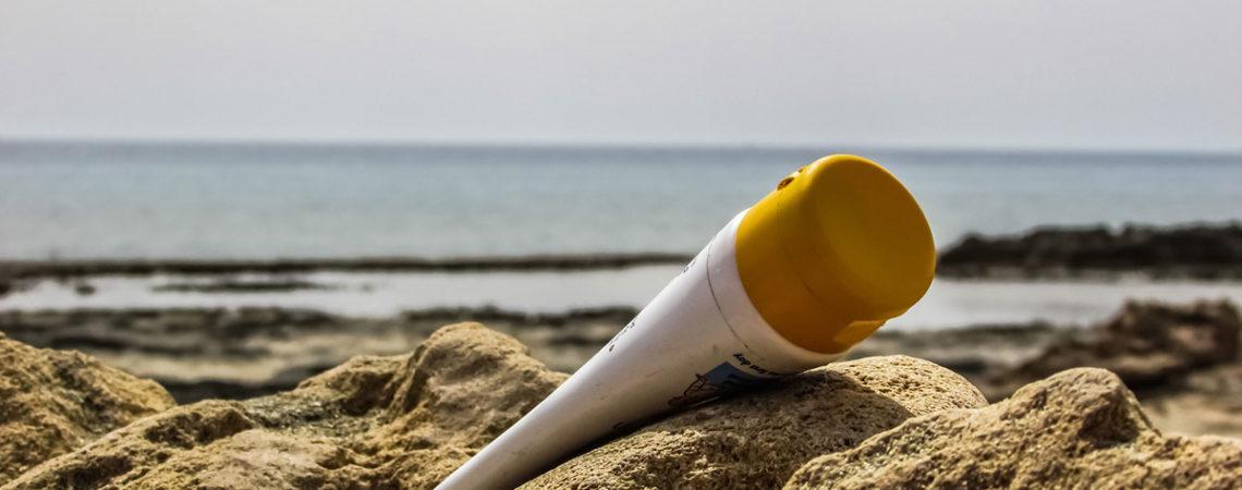 Ohne Schäden durch den Sommer: Unbedenkliche Sonnencreme