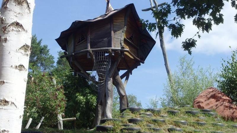 Baumhaushotels In Osterreich Fur Den Urlaub In Luftigen Hohen Iamgreen