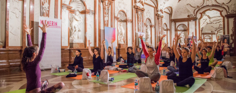 Das war Secret Yoga 12: Yoga meets Art im Unteren Belvedere!