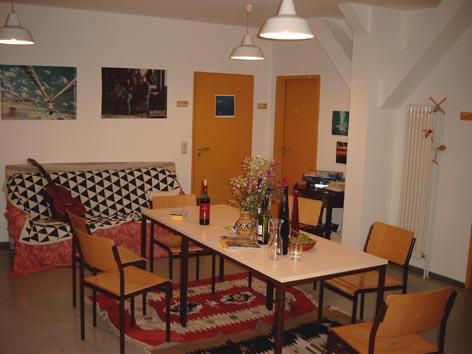 studentenheime wohnen f r studis in regensburg iamstudent. Black Bedroom Furniture Sets. Home Design Ideas