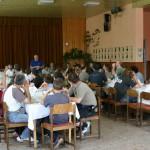 Családi kerékpártúra Zoboralján – Ebéd előtti megbeszélés (foto: )