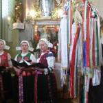Feltámadási menet Zoboralján – 2008 – Csitári Menyecskekórus (foto: Kisucky Pál)
