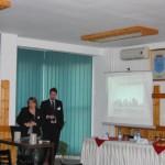 Tudományos konferencia – Ács Éva: a petrozsényi Jézus Szíve  magyar iskola és otthon igazgatója és dr. Klotz Péter, a Híd-ENCEF alelnöke  (foto: ENCEF)