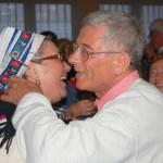 Rendhagyó borkóstoló Kolonban – 2010. máj. 24. – Kiss Károly: köszönjük Mónika! (foto: Balkó Gábor)