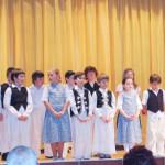 Rendhagyó borkóstoló Kolonban – 2010. máj. 24. – Koloni Papatyka – hangolás Zoboralja Himnuszára (foto: Balkó Gábor)