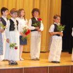 Rendhagyó borkóstoló Kolonban – 2010. máj. 24. – A koloni kisiskolások Papatyka hagyományőrző csoportja (foto: Balkó Gábor)