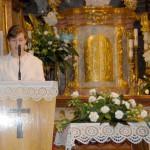 Feltámadási menet 2011 – Nyitra – Száraz Anikó Anyák napi köszöntője (foto: Maga Ferenc)