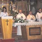 Feltámadási menet 2011 – Nyitra – szentmise – Balról: Hörigh Szilvia, Károly atya, Ďurčo Zoltán magyar püspöki helynök, Andrusko Gyula (foto: Varga Szilvia)