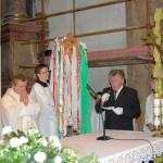 Feltámadási menet 2011 – Nyitra – szentmise – Az érsekújvári egyházközösség köszönti az egybegyűlteket (foto: Maga Ferenc)