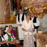 Szent László emlékmise 2011 – Nyitra – kitüntetések – Józsa Mónika a Szt. László érdemkereszttel és oklevéllel (foto: Balkó Gábor)