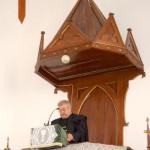100 éves a Nyitrai Református Templom – Hálaadó istentisztelet a református templom 100 éves jubileumán – lekció és imádság – Nt. Kiss Pál esperes (foto: Balkó Gábor)