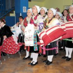 Karácsony Zoboralján – Vicsápapáti Nefelejcs Folklórcsoport<br>karácsony, Zoboralja, Vicsápapáti, hagyományőrzők (foto: Varga Szilvia)