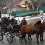 Farsangi Disznóölés – Rénszarvas fogaton érkeztek a muzsikások<br>Farsang, disznóölés, Kolon, Zoboralja,  (foto: Balkó Gábor)