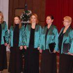 Karácsonyi hangverseny és könyvbemutató – Zsére – 2016. dec. 11. – Zoboralja Női Kar (foto: Balkó Gábor)