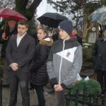 Tiszteletadás az 1848-49-es hősök előtt – 2018 – Nyitrai temető – Balról: Varga Ivan, Kucsera Noémi és Szabó Denisz (foto: )