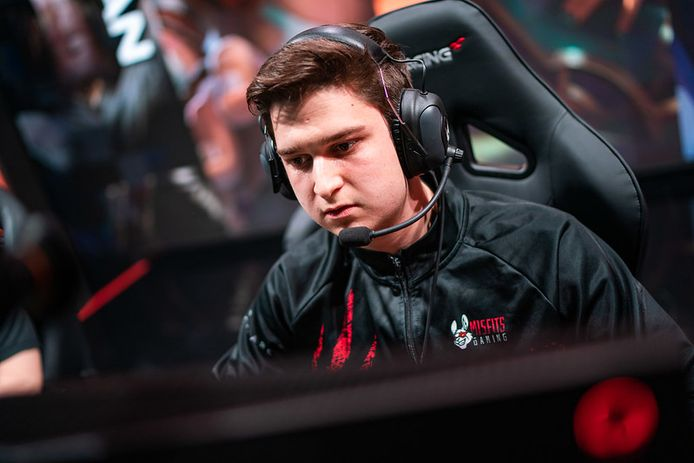 Mid laner Febiven playing for Misfits Gaming