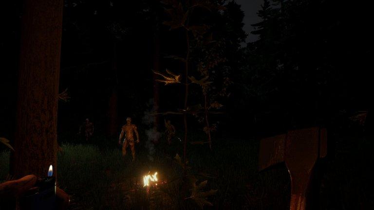 Spieler wird am Lagerfeuer von Mutanten beobachtet
