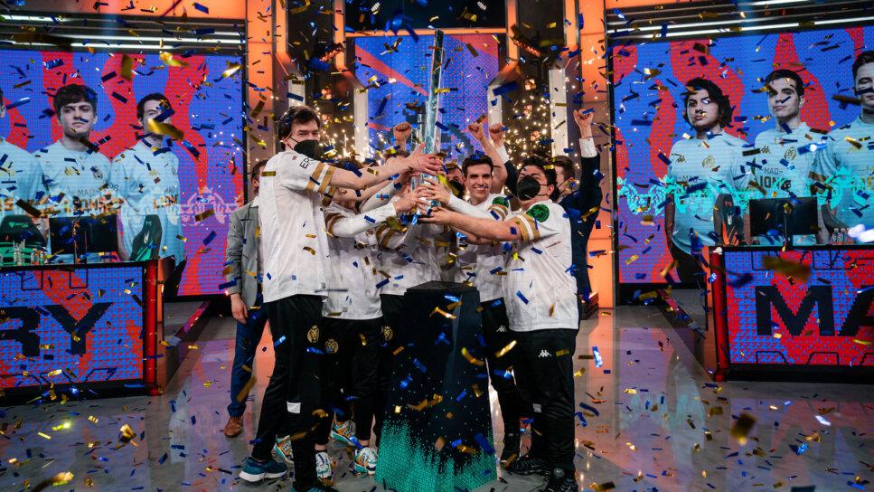 MAD-Lions-raise-the-LEC-trophy