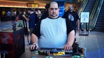 Gamer Stereotype Phil Hornshaw Min