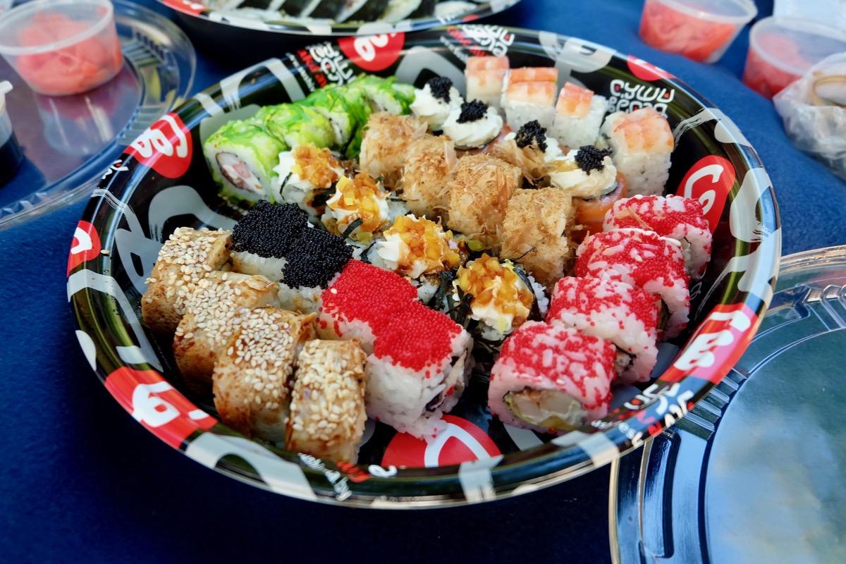 суши на девичник