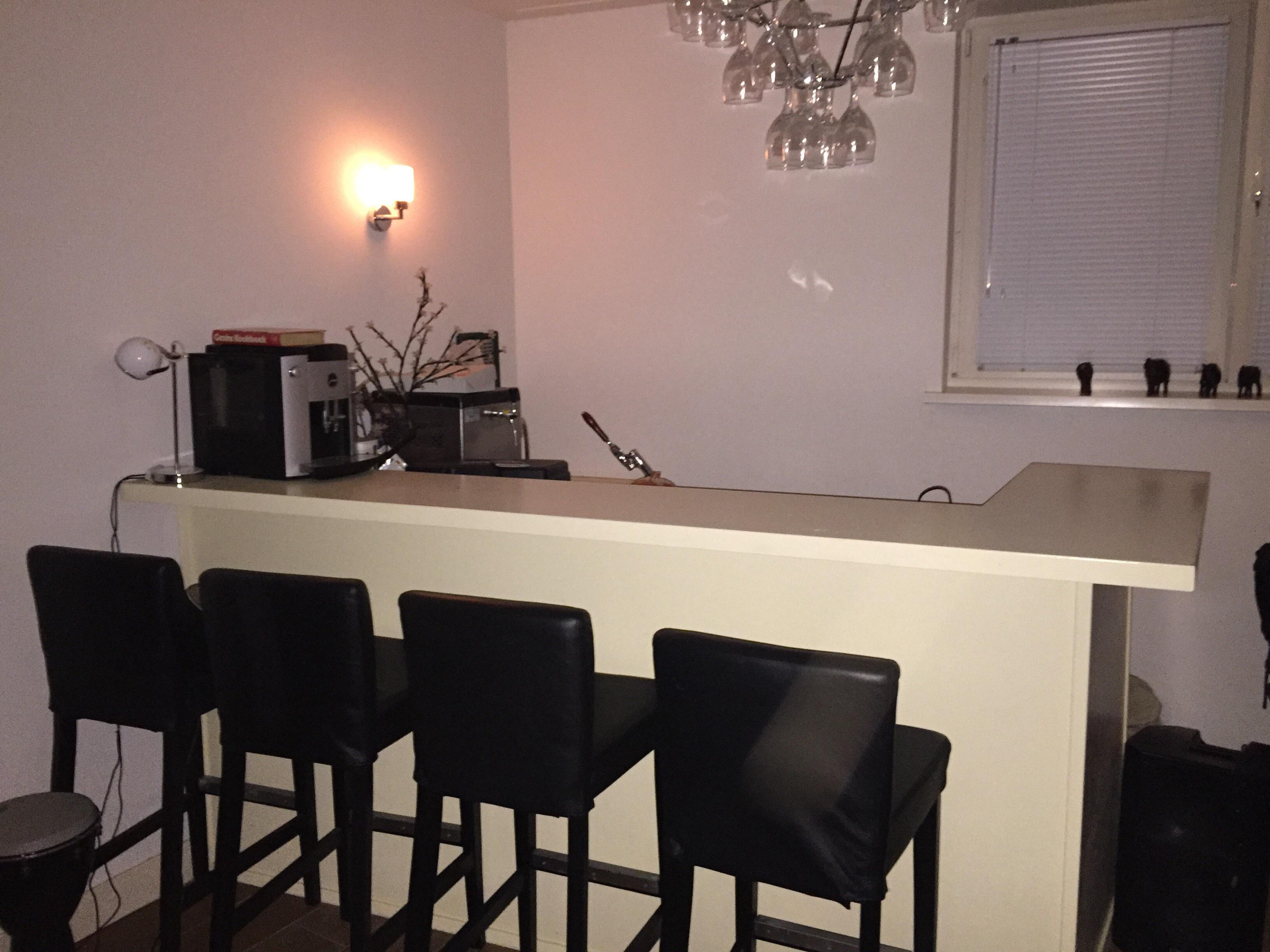 Spiksplinternieuw Complete Bar met Biertap Barkrukken en Spoelbak | mercado.nl TU-01