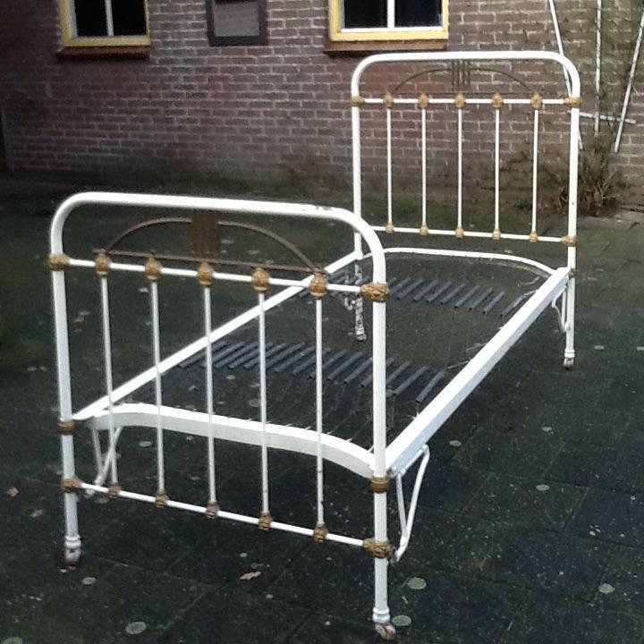 Welp IJzeren Ledikant, Antiek | mercado.nl NY-37