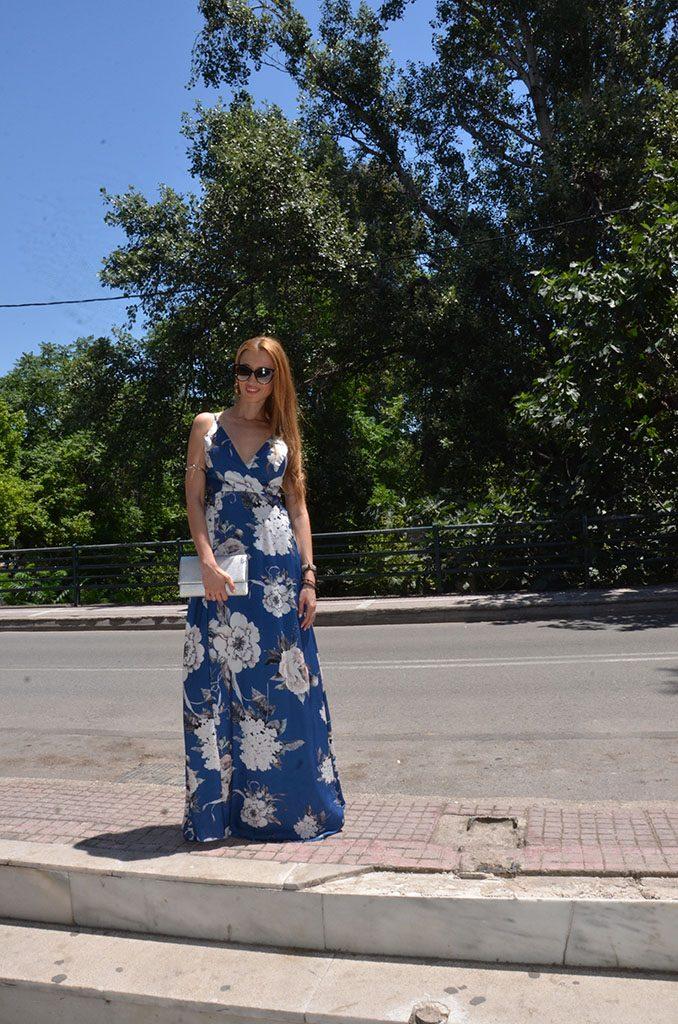 Δύο αγαπημένοι μου συνδυασμοί για το καλοκαιρινό floral φόρεμά σου ... 5070c8a4c6f