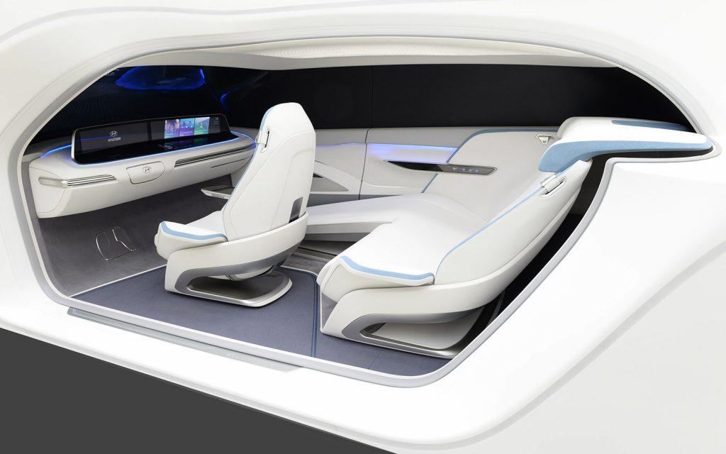Объединяющая автомобиль и «умный» дом концепция Mobility Vision