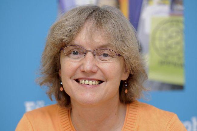 Nükleer karşıtı mücadelesiyle ödüllendirilen bir kadın: Dr. Angelika Claussen
