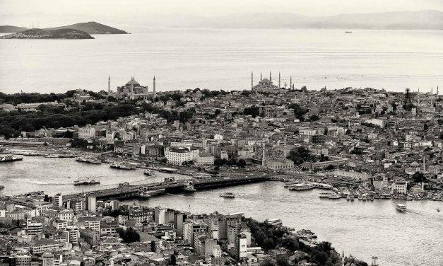 İstanbullu Elefteria – 2. BASKI ÇIKTI