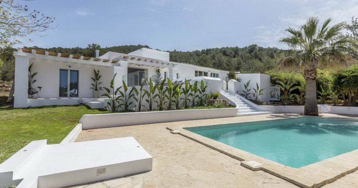 Modern villa in Ibiza located in a quiet and unspoiled area of the island