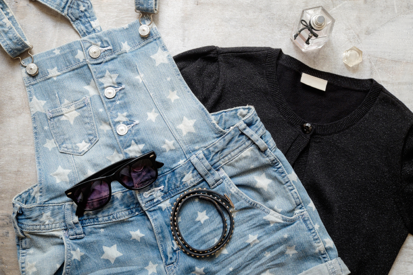 iStock 000068503121 Small Trend of the week: Der Denim Jumpsuit