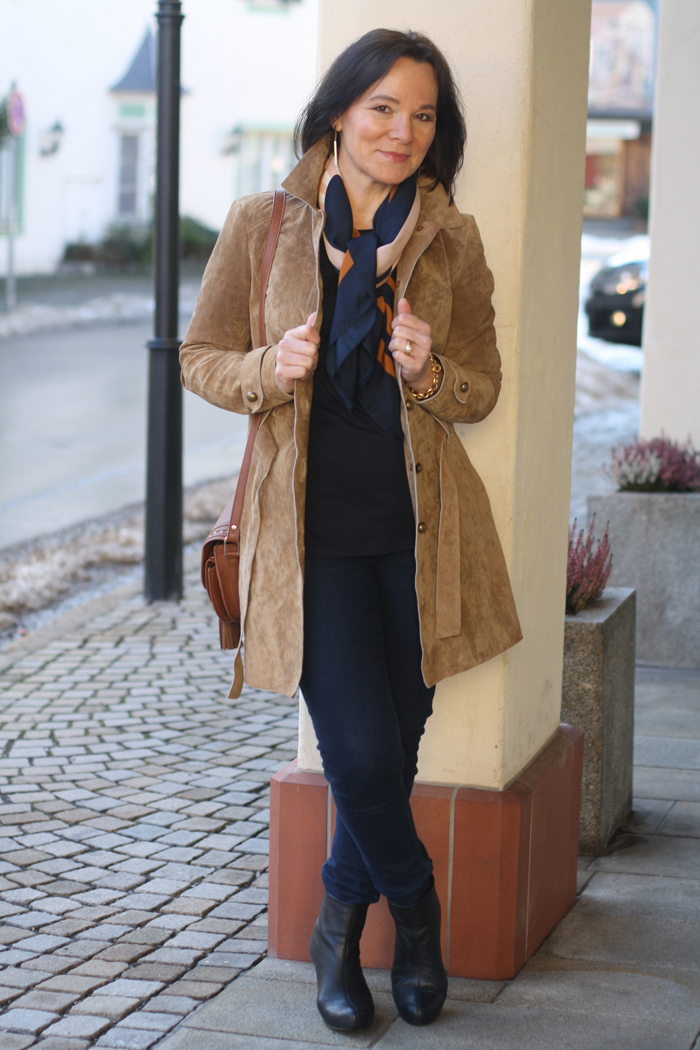 Suede Trenchcoat Interview mit Annette Höldrich von Lady of Style