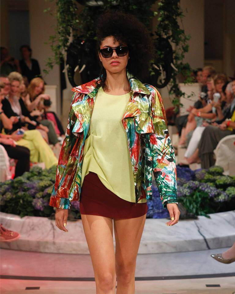 Anja Gockel Statement Jacke Fashion Week Berlin S/S 2019: Anja Gockel Mode