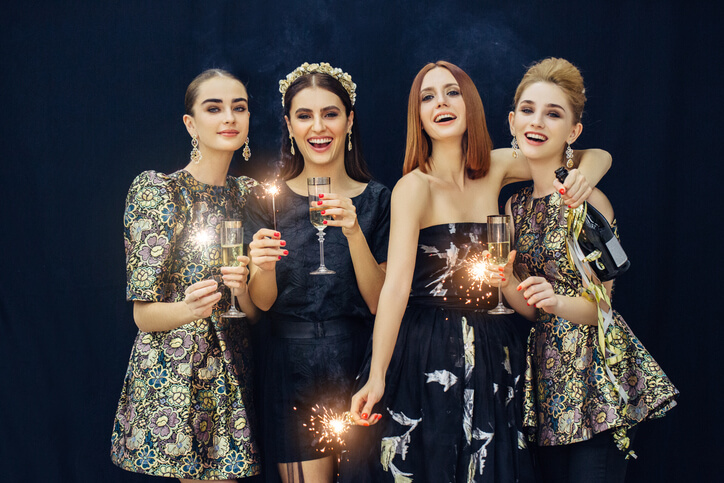 iStock 522787012 1 Make a grand entrance with unforgettable New Year's Eve outfits