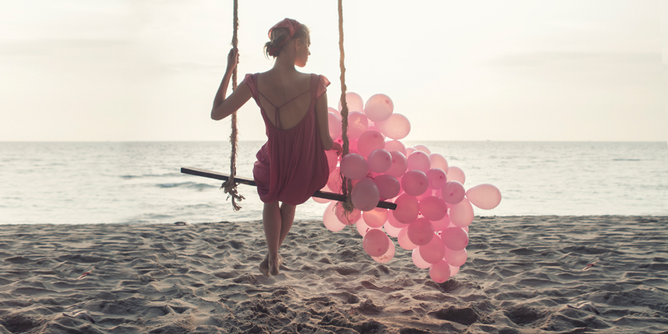 150305 iStock woman balloons seo lp Clothing