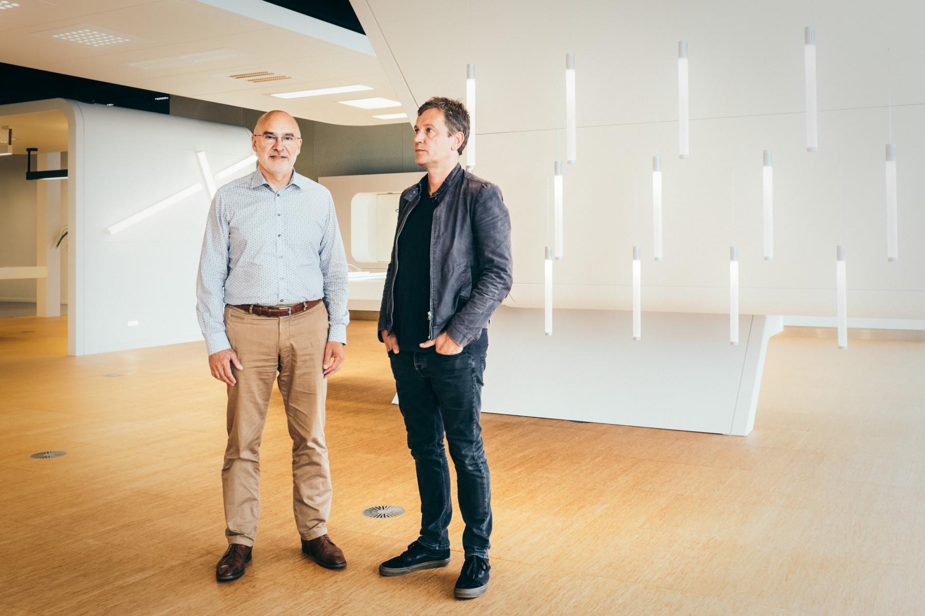 Chris Van Bellegem van ETAP en Stefan Schöning