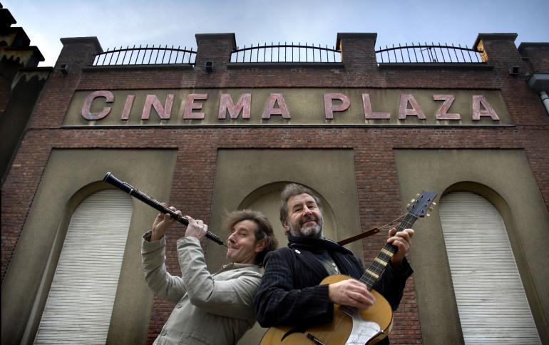 De gebroeders De Smet aanvaardden in 2007 het peterschap van Cinema Plaza
