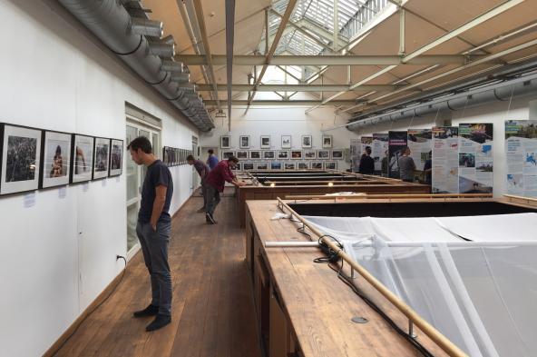 Bezoek + workshop: Géopolis en smartphone-fotografie