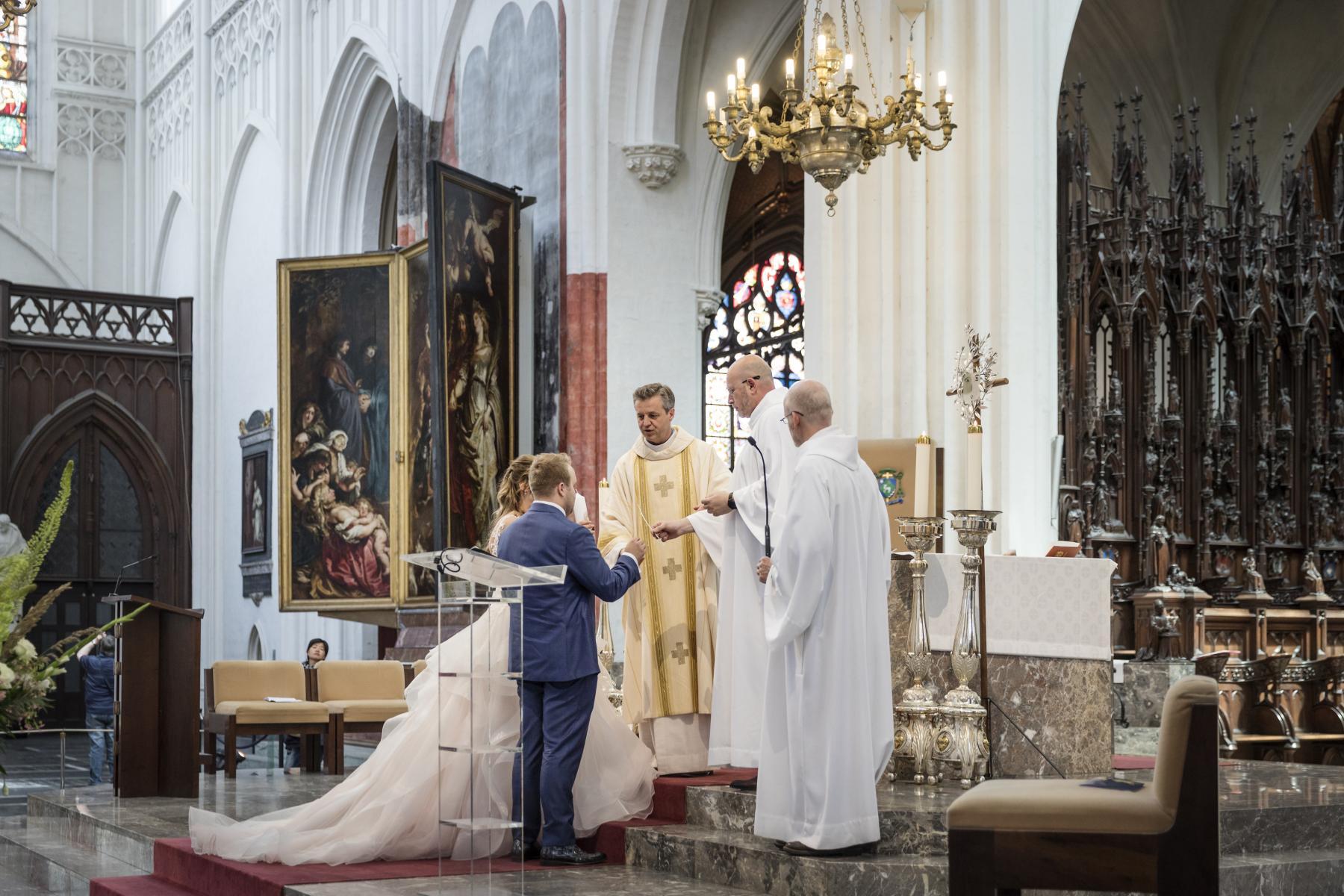 huwelijk onze lieve vrouwe kathedraal antwerpen