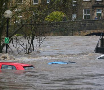 Overstroming (foto: Chris Gallagher - Unsplash)