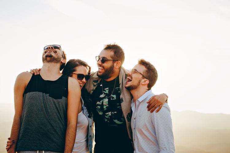 VormingPlus Oostende-Westhoek | Eenzaam of verbonden? Handvatten voor duurzame contacten