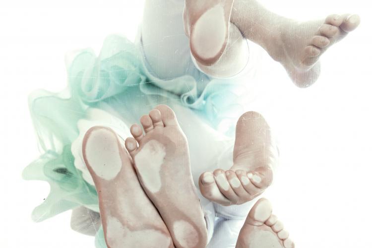 de grond onder hun voeten - foto © Kaat Pype