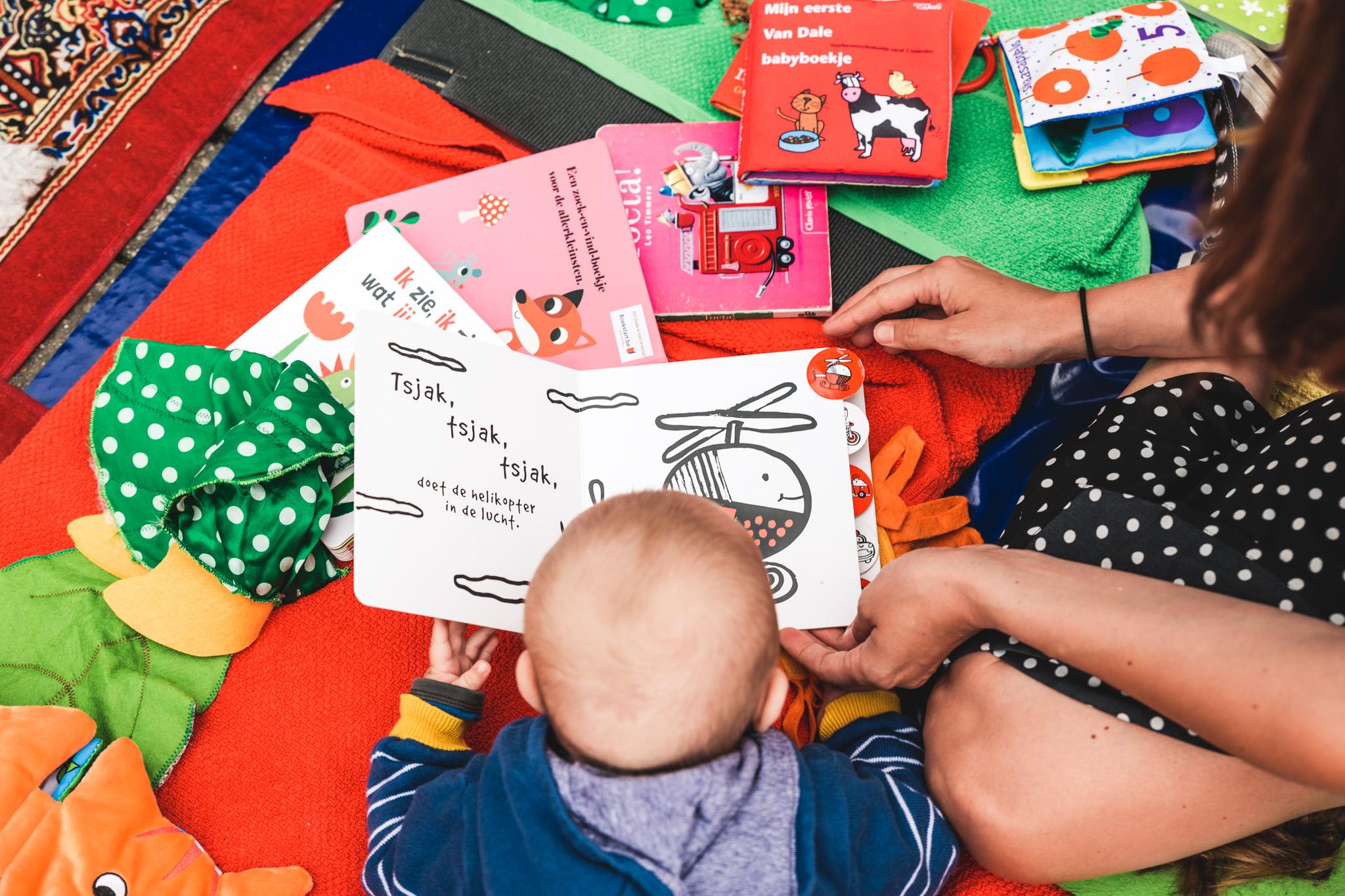 Voorlezen aan baby's en peuters