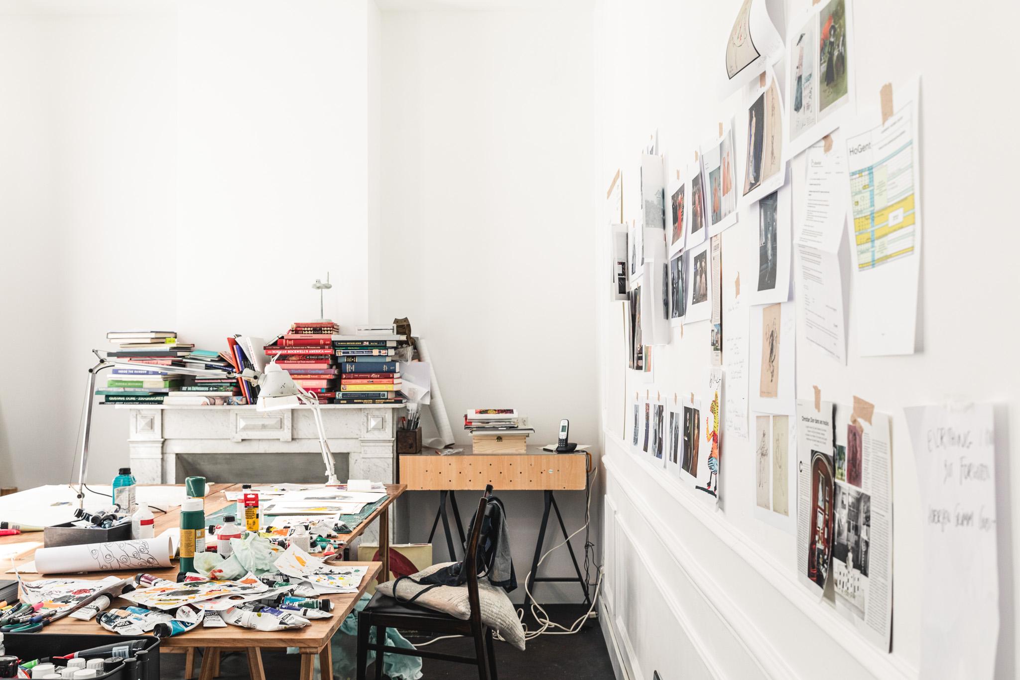 'Het enige wat aan mijn muren komt, zijn mijn eigen illustraties.'
