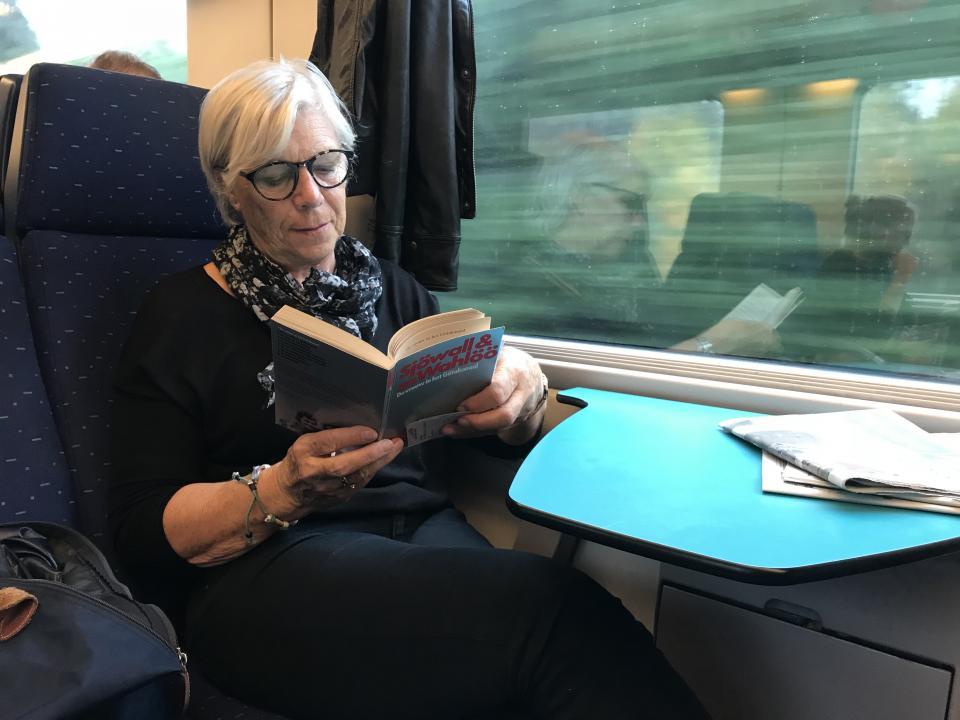 Jacqueline in de trein