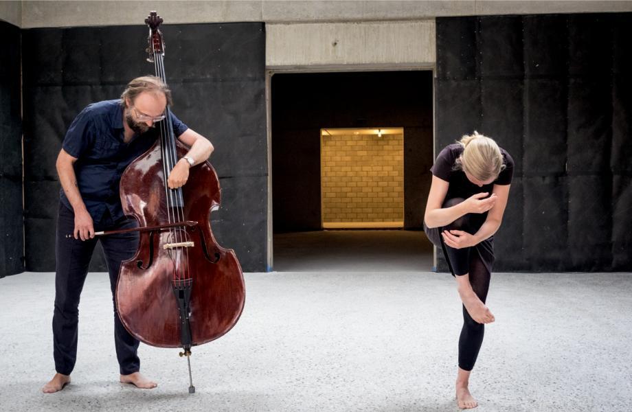 Hyphen - Charlotte Vanden Eynde & Nicolas Rombouts - kunstencentrum nona © Stijn Van Bosstraeten