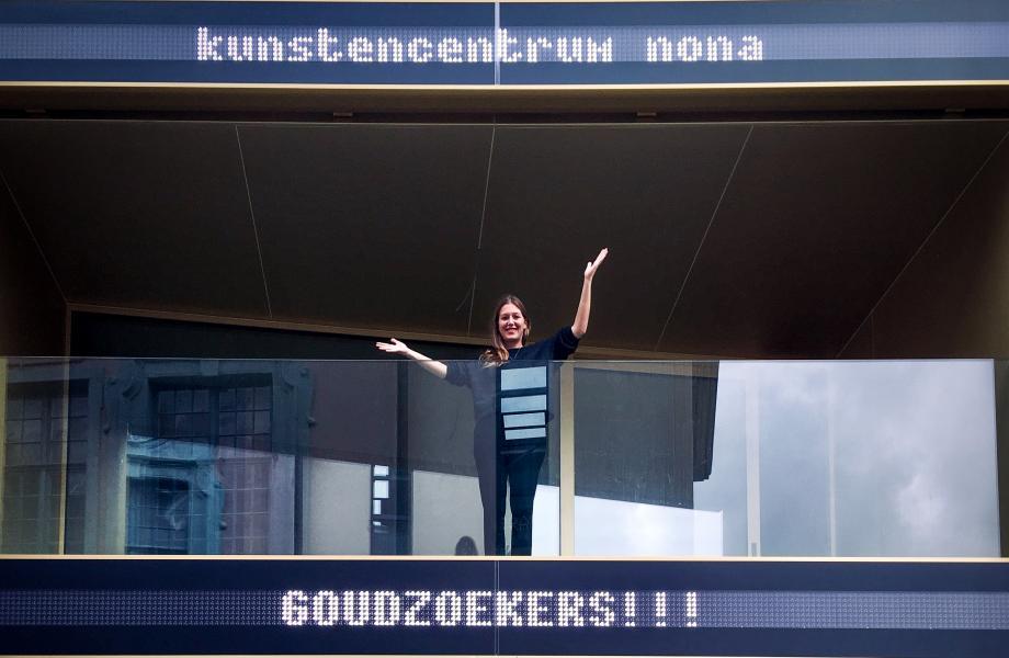 Goudzoekers - kunstencentrum nona © Stijn Van Bosstraeten