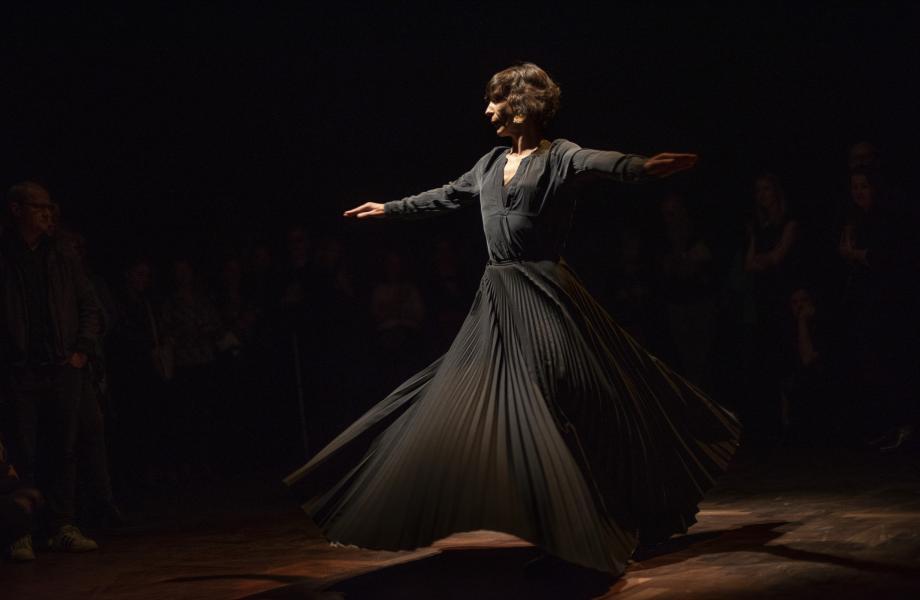 Lisbeth Gruwez - opening gouden zaal kunstencentrum nona © Sofie Jaspers